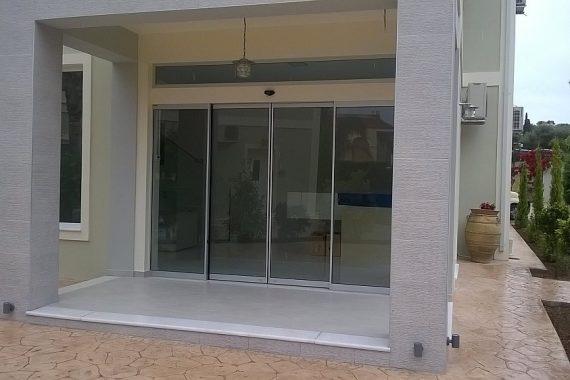 αυτόματες πόρτες με πλαίσια