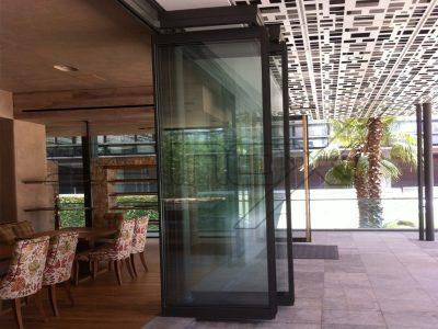 συστήματα αλουμινίου & pvc γκλαβάς - πτυσσόμενες πόρτες f4