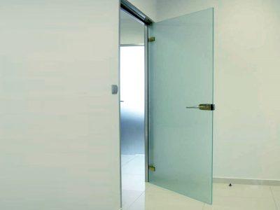 συστήματα αλουμινίου & pvc γκλαβάς - εσωτερικές γυάλινες ανοιγόμενες πόρτες - salinox